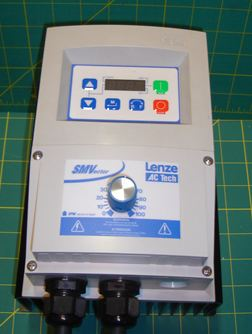 ac tech nema 4 1.5 hp drive with optional speed dial on lower access cover